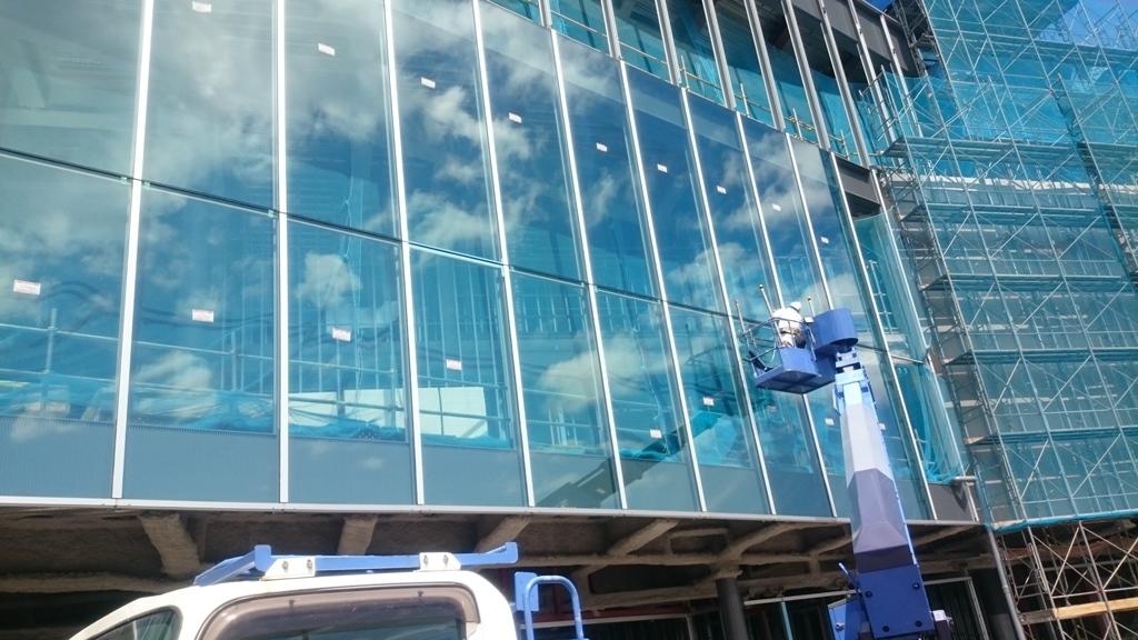 http://kotobuki-glass.com/shachoublog/DSC_0106-2.JPG